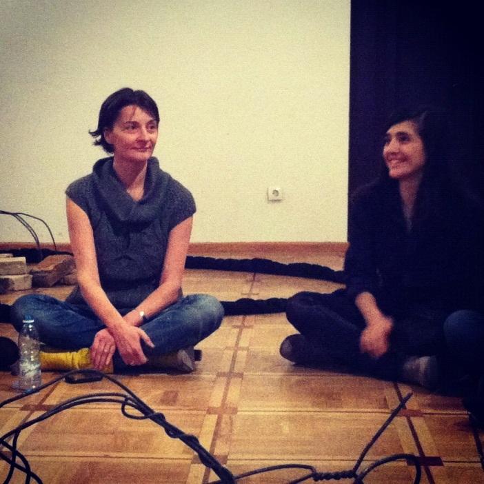 Nino Chubinishvili in her class on interdisciplinary arts.